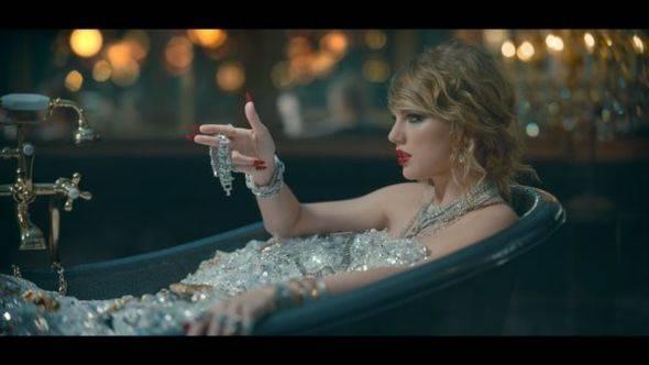 Los 4 récords que rompió Taylor Swift con su canción llena de mensajes